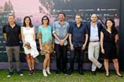 El Cinco cast and crew